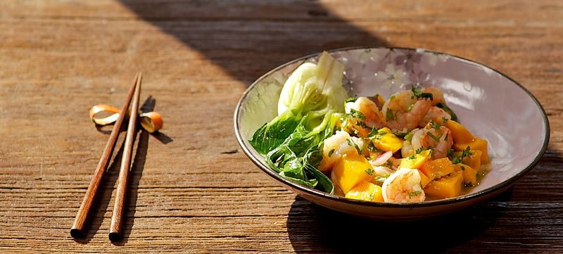 Mango & shrimp salad
