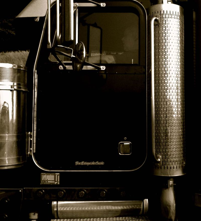 Truck photo 1