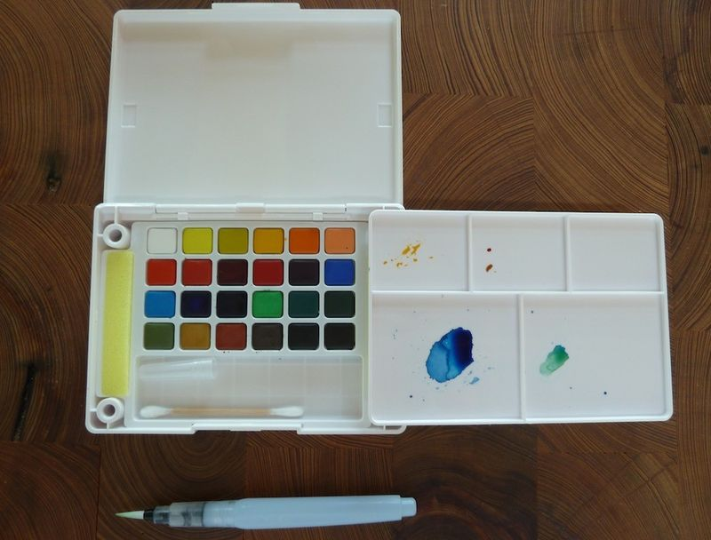 Koi travel watercolor set & brush