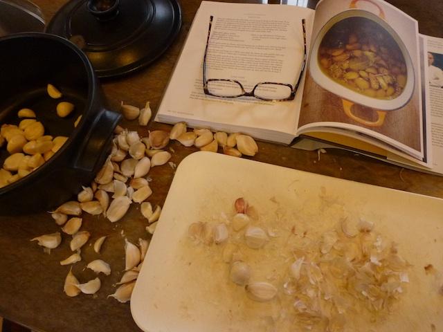 Making garlic confit