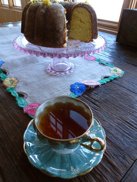 Cream cake and a cup of tea