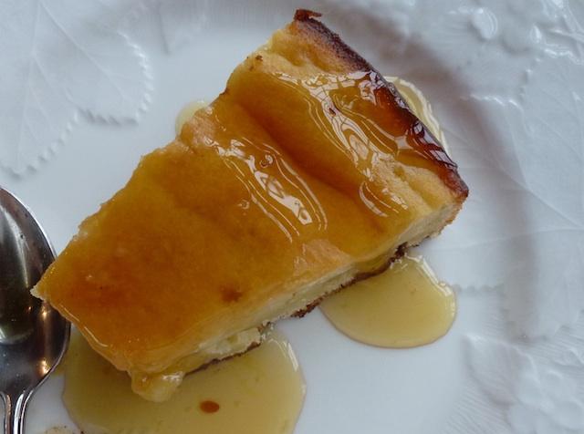 Lemon ricotta cake with lemon syrup
