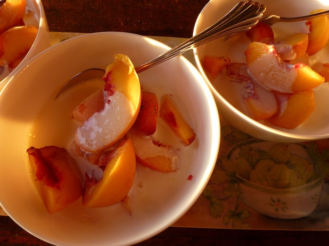 Peaches & cream 7:2012