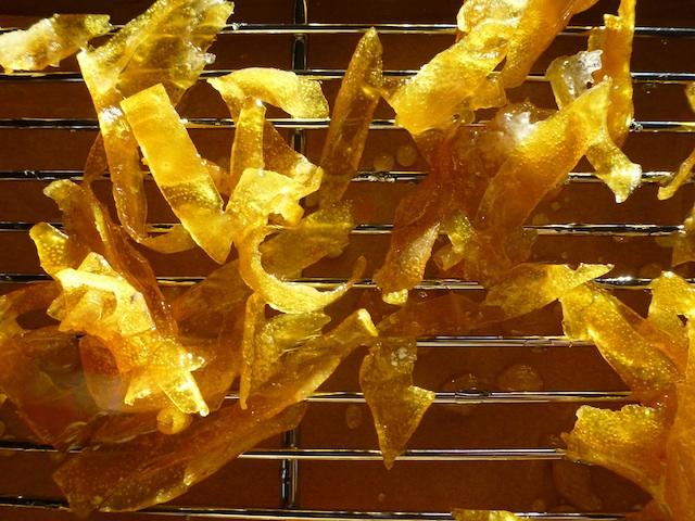Cooling candied lemon peels