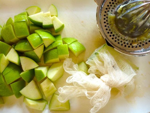 Apples for pectin